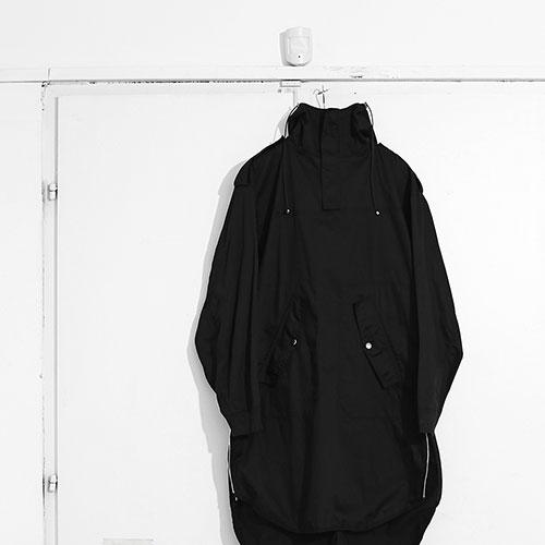 012 / Drop 4 / Mark Molnar